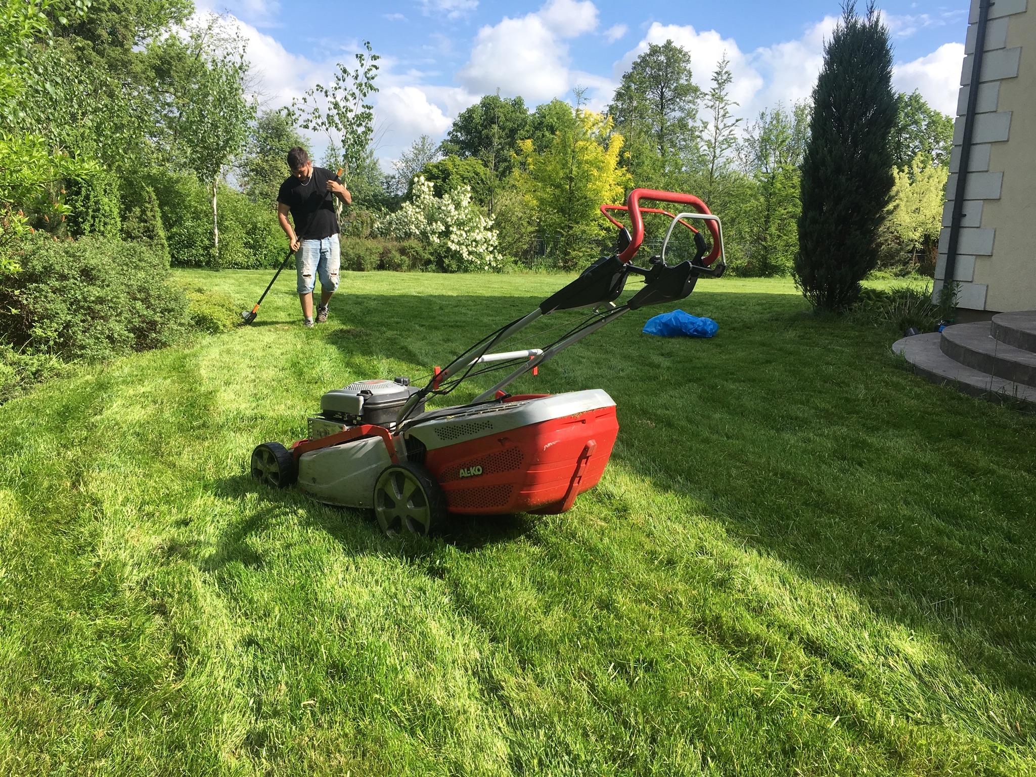 Zakładanie trawników, systemy nawadniania, firma ogrodnicza z Warszawy Clean & Green